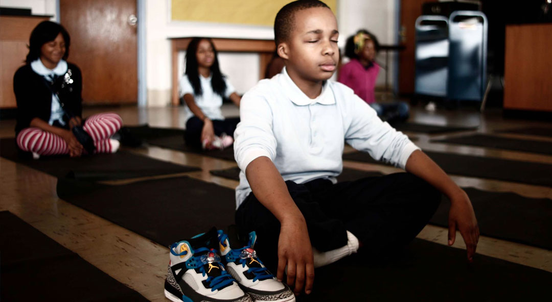 La méditation remplace la retenue à l'école
